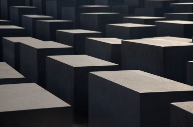 The-Berlin-Holocaust-Memorial-images-by-bay